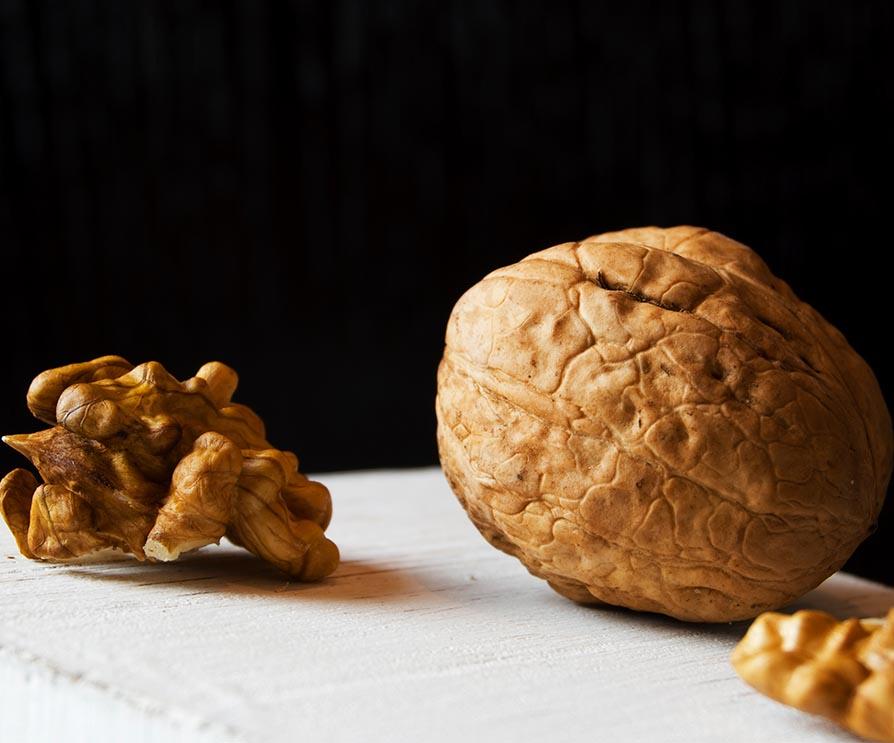 Humboldt-walnut-nut